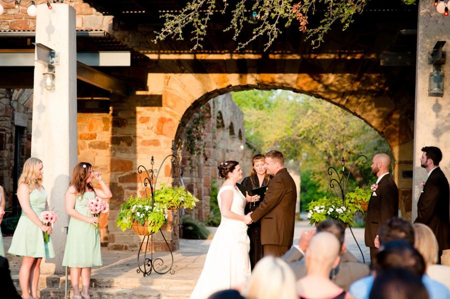 Indianapolis Photojournalistic Wedding Photographer Lady Bird Johnson Wildflower Center
